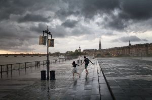 bordeaux_under_storm_ok.jpg